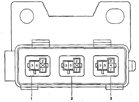 Схема Блок № 3 реле под капотом Тойота Королла Е120, Е130