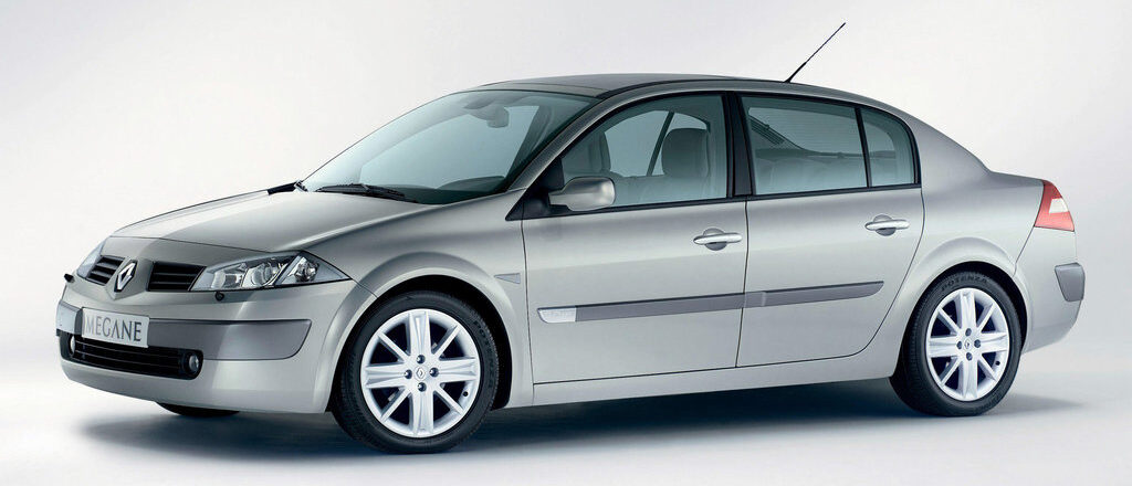 Предохранители и реле Renault Megane 2, схема и описание